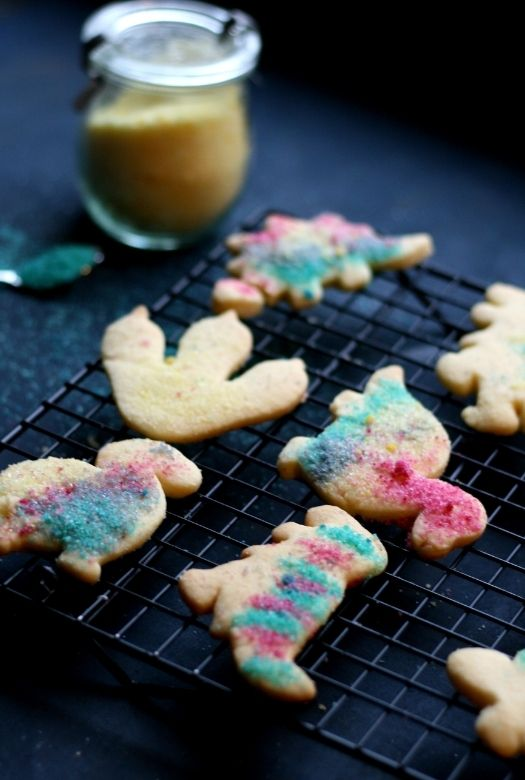 How to make festive dinosaur sugar cookies